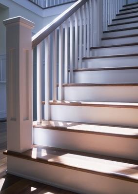 Le monte escalier droit